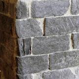 Costruzione 12 - Pilastri in pietra